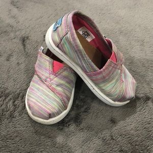 Rainbow Toms- Toddler Size 5